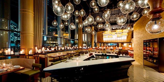 記念日におすすめのレストラン・オン ア ターブルの写真1