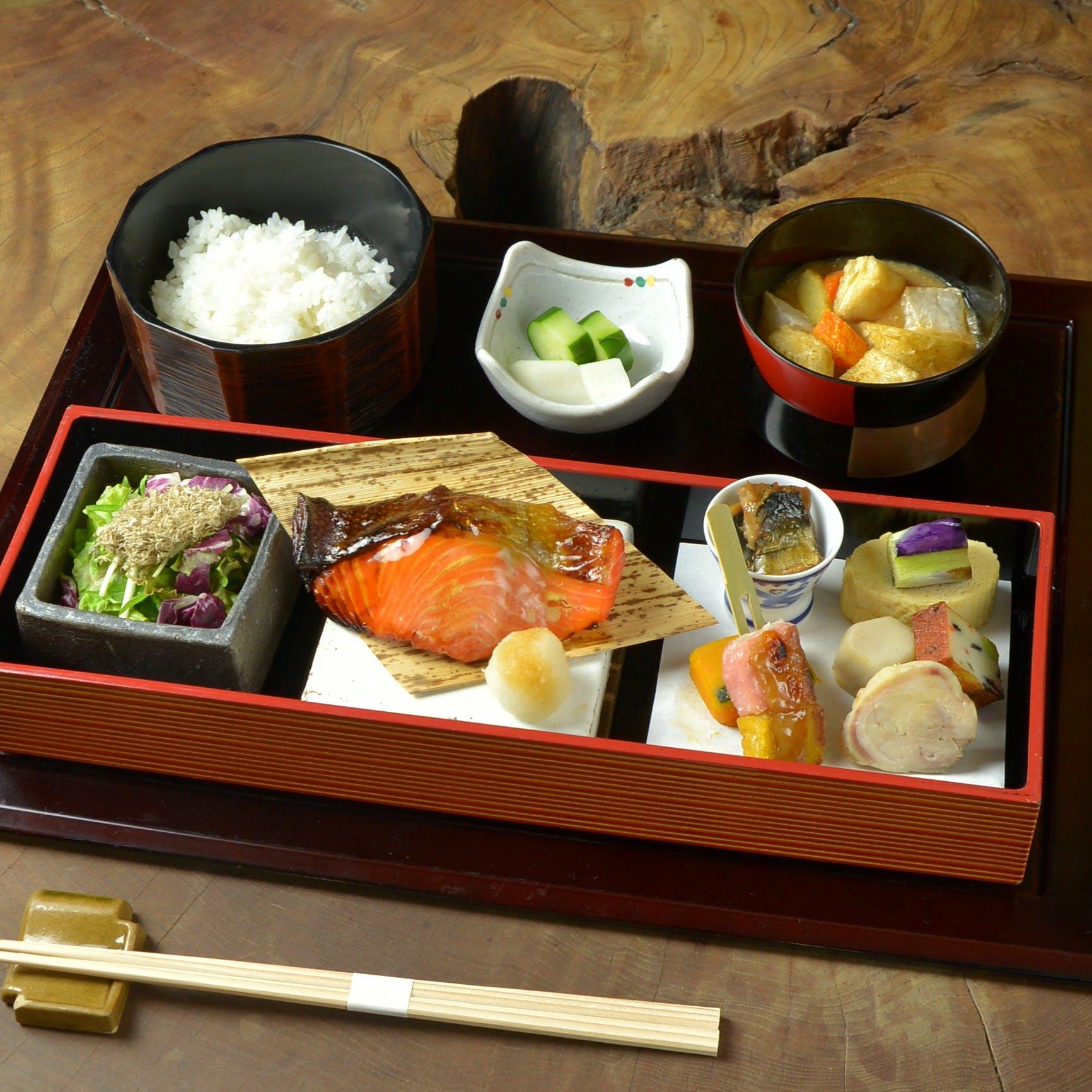 各産地から届く旬味に出逢う 神楽坂でのお食事