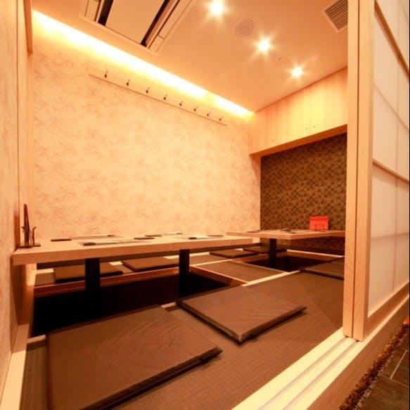 大阪・梅田からもアクセスが便利な北新地の中心に佇む大人の上質空間