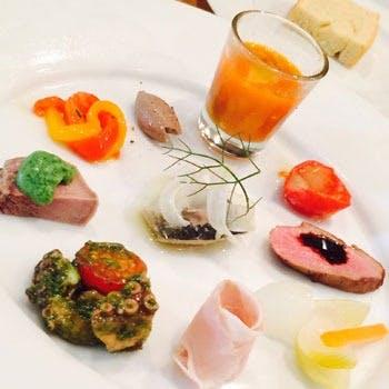 ご接待にお食事会に!内容が充実したリーズナブルなコース料理をご堪能ください。
