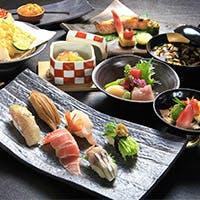 江戸時代から大阪すしの味を伝える「すし萬」の伝統の味を美空間で愉しむ