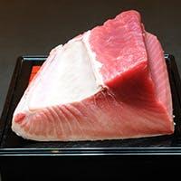 目利きで仕入れる新鮮な旬の食材を活かした日本料理
