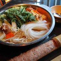 食材や調理法、空間から接客まで、お客様をおもてなし