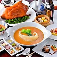 酸・甜・辣・麻・咸・香・鮮の八味を持つ四川料理と日本人の味覚に合う上海料理の融合