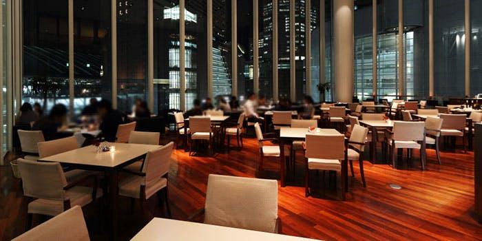 記念日におすすめのレストラン・The Grand Cafeの写真1