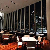 梅田を一望できる開放的な空間 最高の立地で最高の夜景を