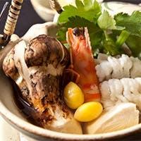 富山が誇る山海の幸、吟味を重ねた器、そして料理人の卓越した技