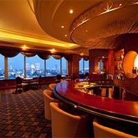 19階ならではの美しい夜景が、宴のひとときを華やかに演出します