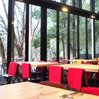 仲町台せせらぎ公園のテラスレストラン