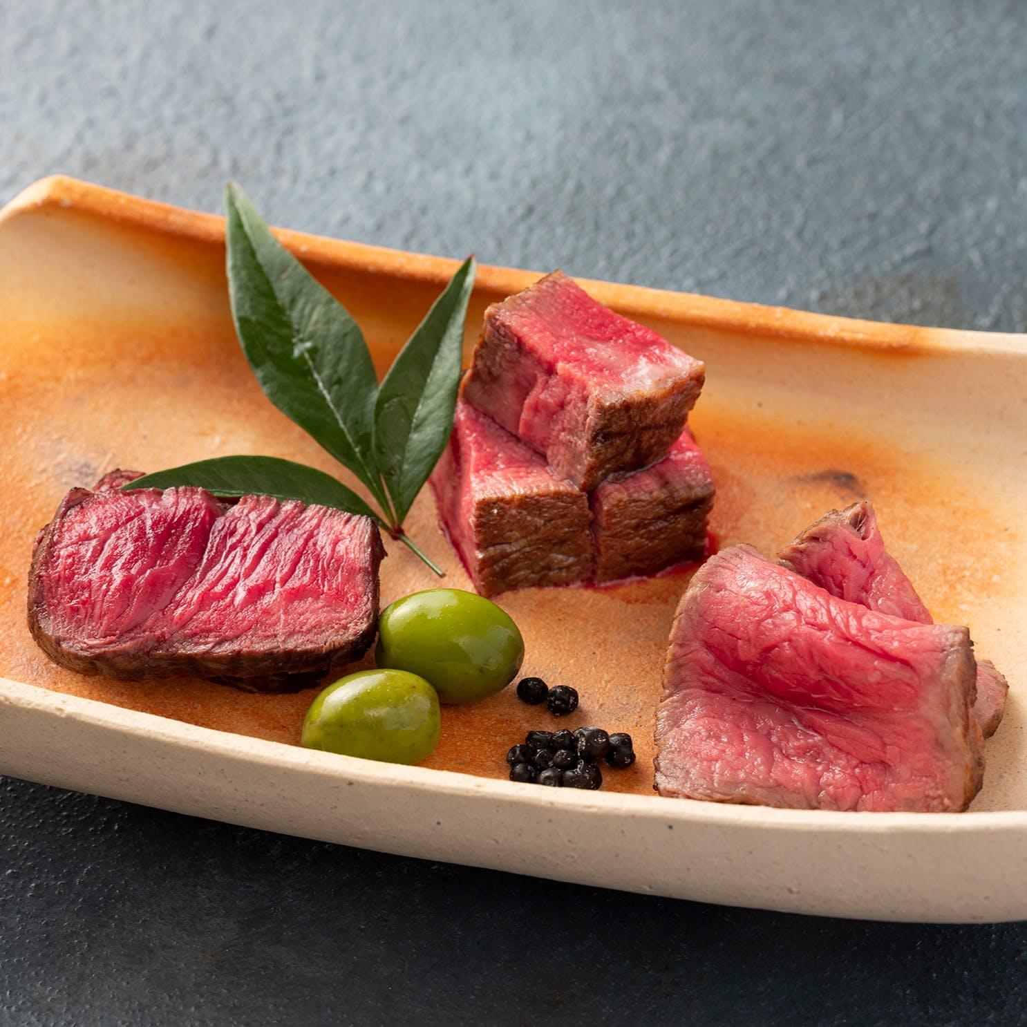 美味しさの極みへと昇華させた料理の数々を、風情ある名器とともに