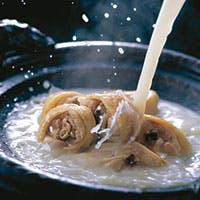 博多で生まれ育まれた味、博多の伝統料理「水たき」