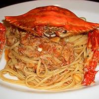 老舗トラットリアの人気のパスタ『渡り蟹のパスタ』