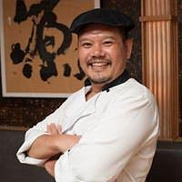 料理人 / 李 氏(リ) 尊敬する料理人の兄に憧れて進んだ「料理の世界」