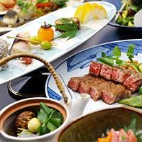 和食の基本に忠実でありつつ、素材から得たイメージも献立に反映