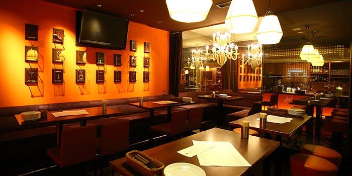 記念日におすすめのレストラン・ローストチキンハウスの写真1