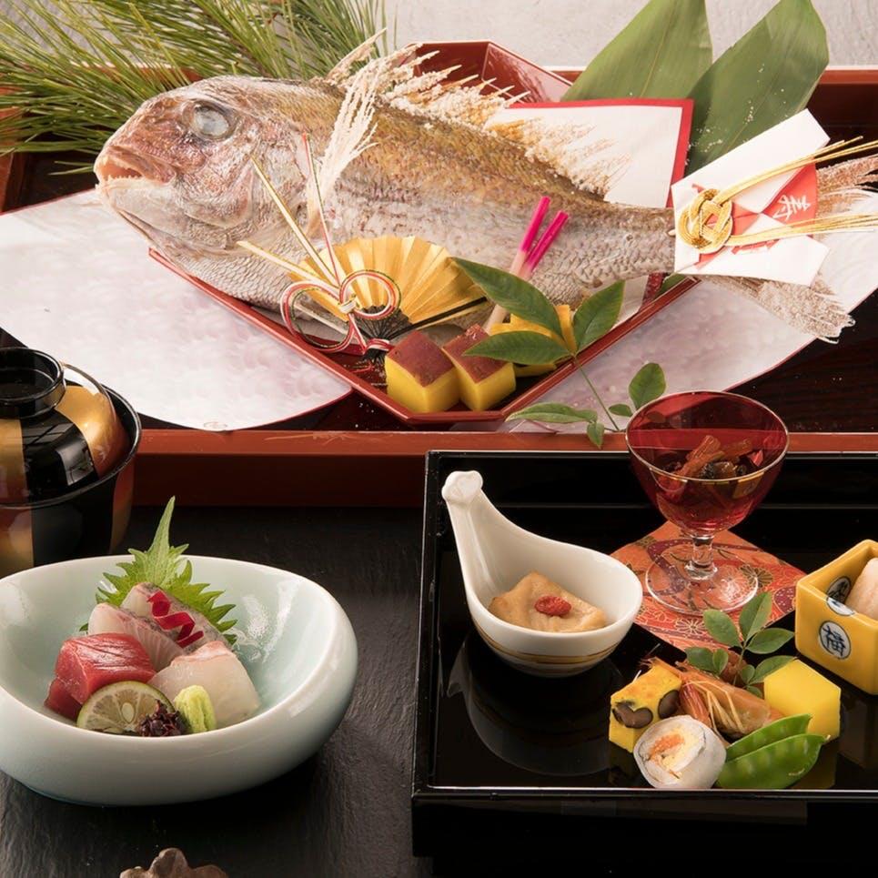 岡山市内を一望できるパノラマまた和食の枠にとらわれない、華やかな盛り付けも魅力!