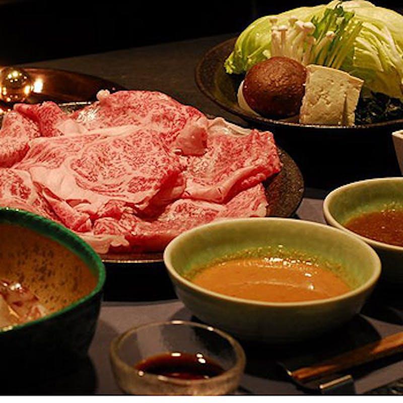 【厳選黒毛和牛A4,A5の他に3種類のお肉が食べ放題コース】全14品