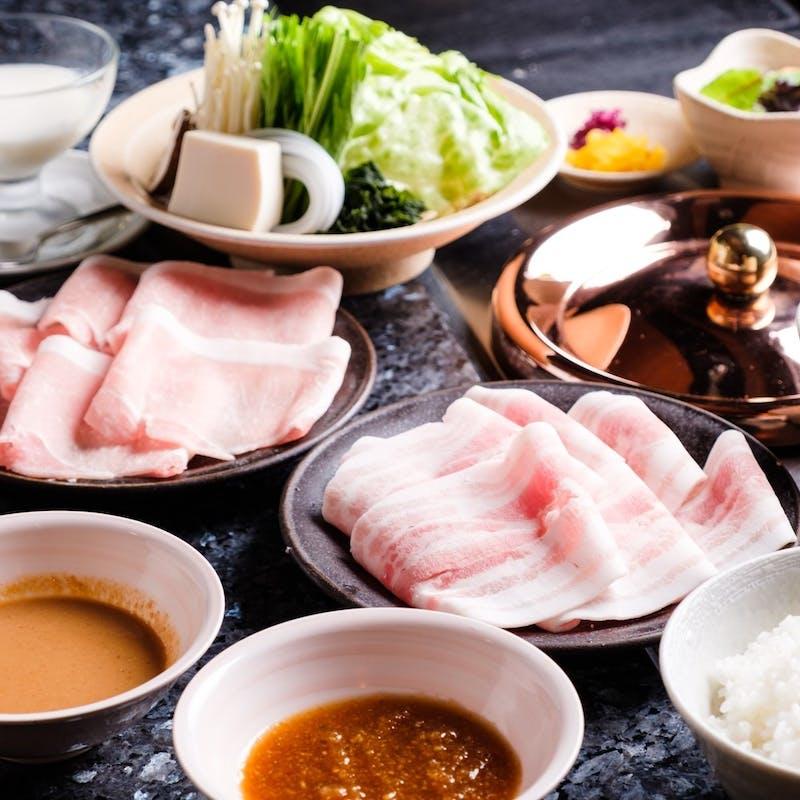 【幻の豚「TOKYO X」と薩摩黒豚の食べ放題コース】全9品
