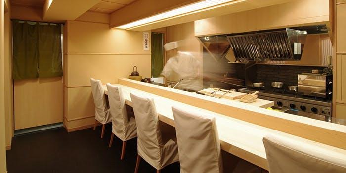 記念日におすすめのレストラン・麻布十番 ふくだの写真1