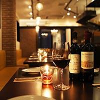 ソムリエ厳選のワインが、料理をより引き立てます