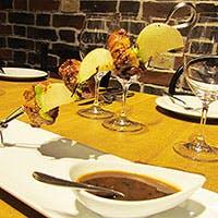 若手フランス人が贈るダイナミックかつ華やかなおもてなし料理を堪能