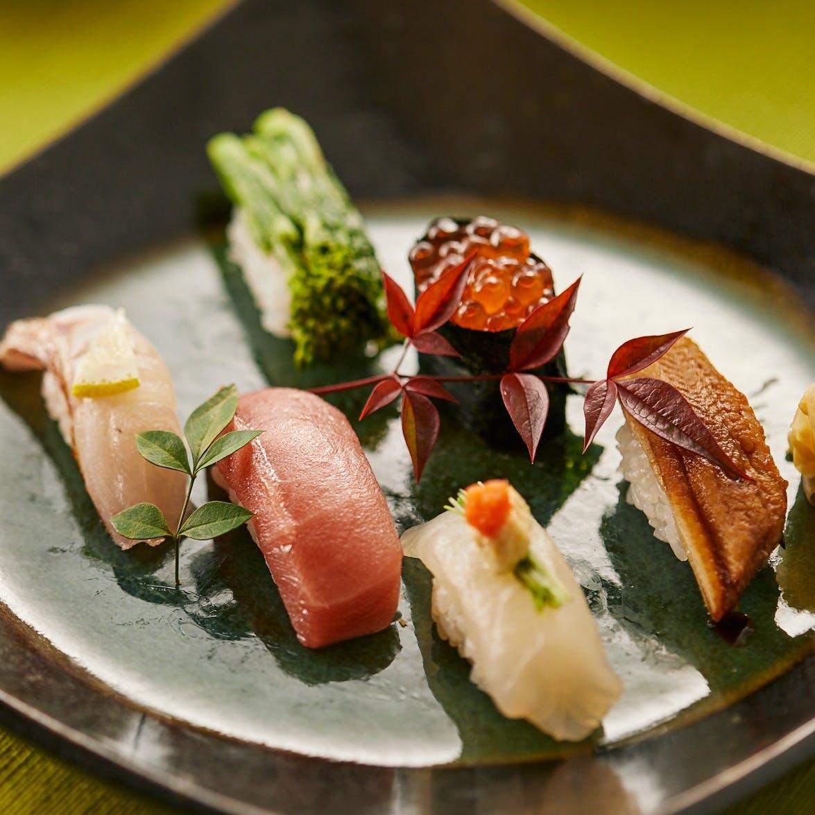 職人の技を愉しめる寿司カウンター・串焼きカウンター