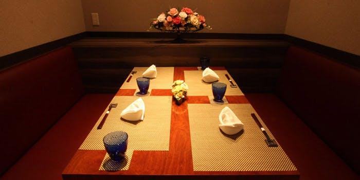 記念日におすすめのレストラン・YAKIYAKIさんの家 AKASAKAの写真2