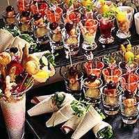 フランス料理・日本料理・イタリアン・ホテルメイドスイーツの数々で、心に妬きつくお料理