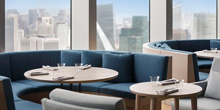 THE MOON(Restaurant / Lounge)