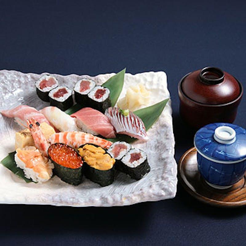 【贅沢ランチコース】茶碗蒸し、お寿司10貫など