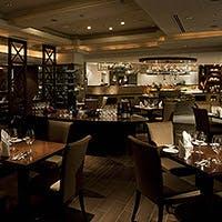 カジュアルな中にホテルらしい上質感を感じさせてくれるレストラン