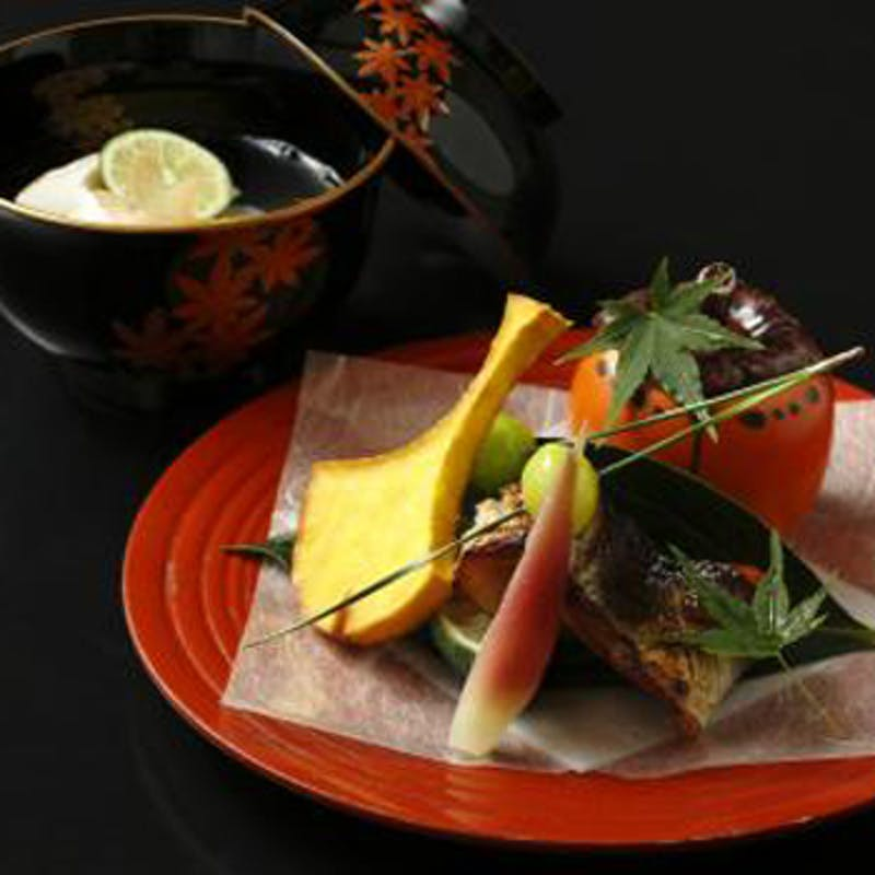 【京の雫】ランチ限定 旬を味わう全8品の京懐石+1ドリンク(個室も利用可)