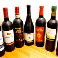 ソムリエが厳選したワインと西海岸のクラフトビール
