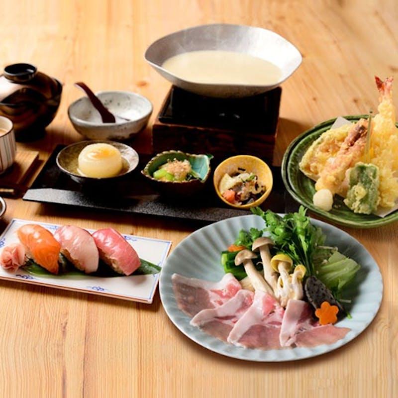 【京都丹波 日吉豚の豆乳鍋御膳】天婦羅盛り合わせ、小鉢三種、茶碗蒸しなど全5品