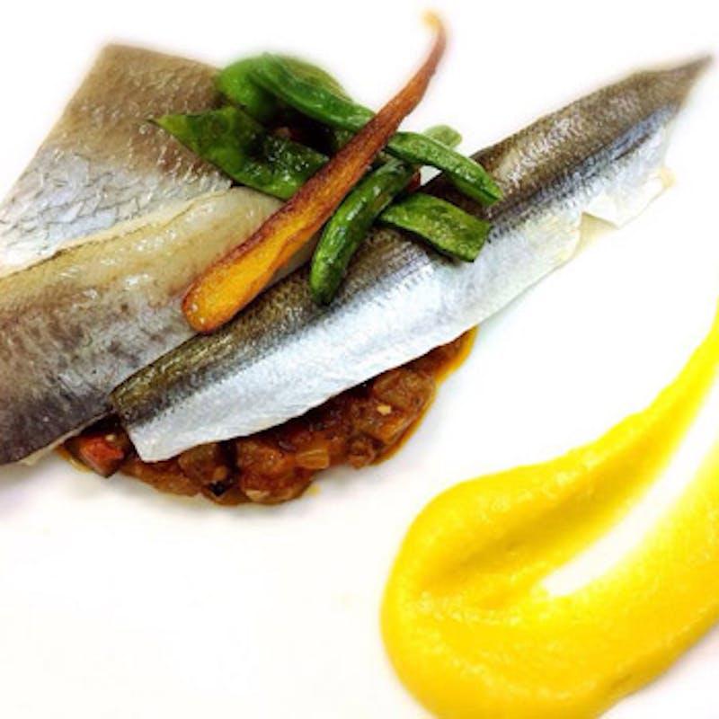 【MENU C】スープ・前菜orデザート・週替わりメイン 食後のカフェ付