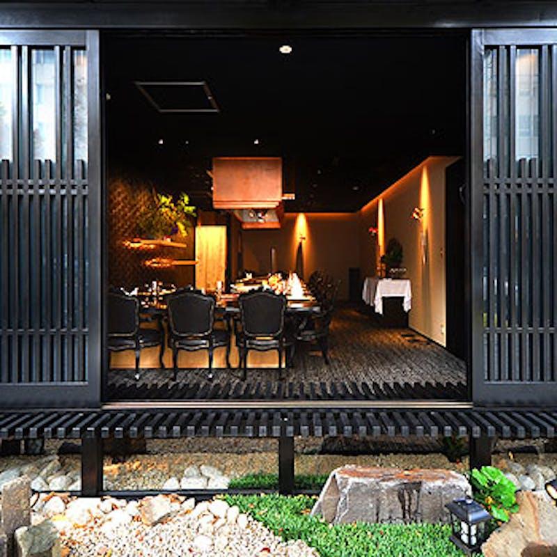 【食べ比べコース】赤身霜降り、寿司3種等全7品+早割価格・1F鉄板カウンター席(ネット予約限定)