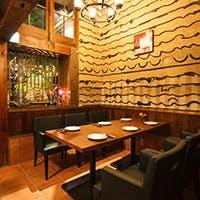 暖簾をくぐり細い小道を抜けると…  名古屋の真ん中にある古民家個室イタリアン