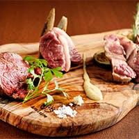 市場にて毎日仕入れる 旬の美味しい「新鮮食材」にこだわった本格イタリア料理