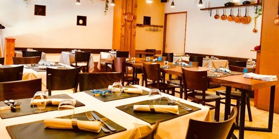 鎌倉 おすすめ ランチ 海鮮 隠れ家 Restaurant LAINE 店内 雰囲気