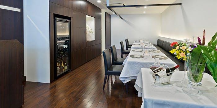 記念日におすすめのレストラン・La Floraison de TAKEUCHIの写真1