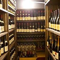 ワインを心ゆくまで楽しめるお料理と細やかで温かみのあるサービス