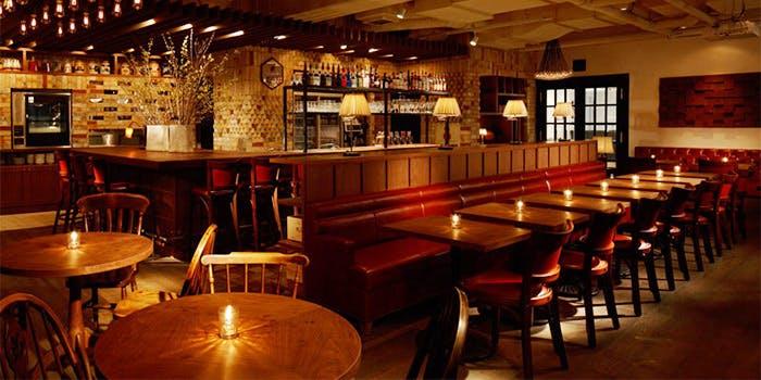 記念日におすすめのレストラン・Cafe & Rotisserie LA COCORICO 上野の写真1