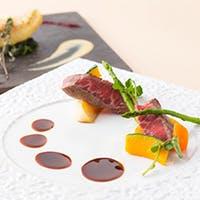 シェフの繊細な技と彩り豊かな食材が奏でる創作フランス料理