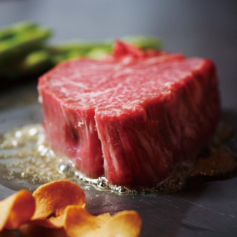 【オパール】白身魚・帆立貝柱とステーキの鉄板焼コース 全8品+1ドリンク(国産牛+肉増量+平日限定)