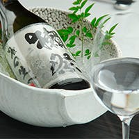 「獺祭 磨き二割三分」など日本酒通には垂涎の品揃え