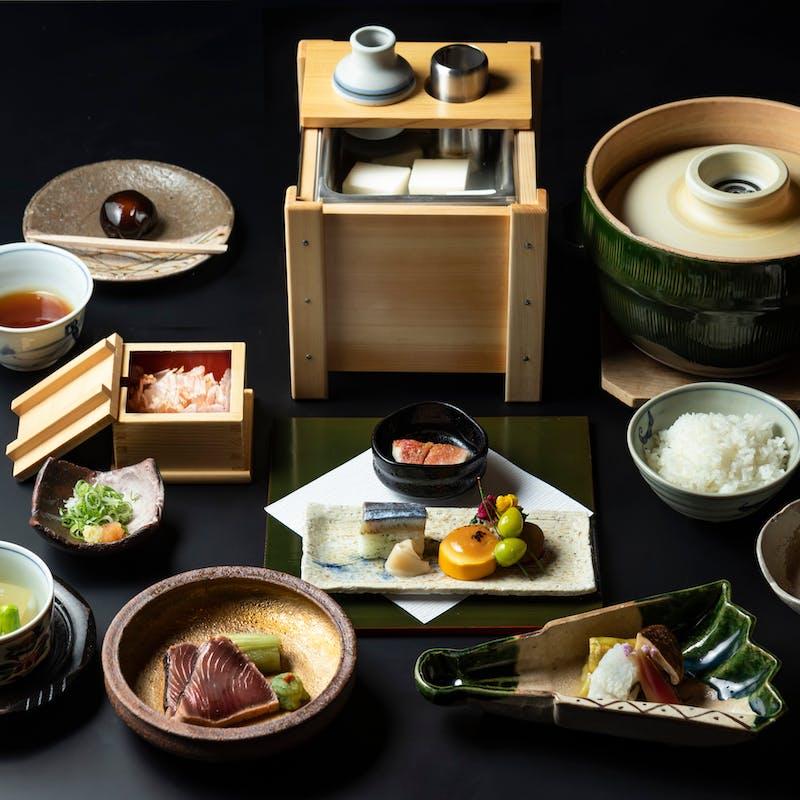 【和食】南禅寺名物  湯豆腐会席 全7品+シャンパンを含む1ドリンク