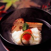 一つ一つ素材から拘りながら多様性に富んだ日本料理