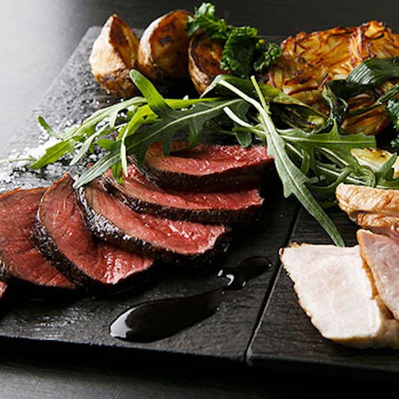 【シェフのおすすめ極みコース】極上部位のステーキ盛り合わせなど全7品