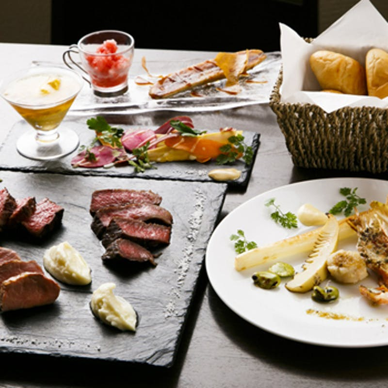 【2名様記念日プラン】熟成牛のステーキ、メッセージ付デザートなど6品