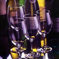 ソムリエが厳選した世界各国のワイン
